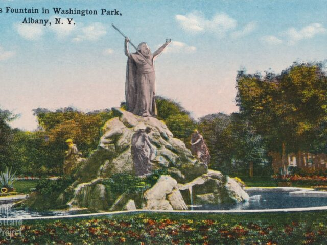 King's Fountain in Washington Park