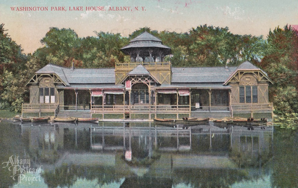 Washington Park, Lake House 01